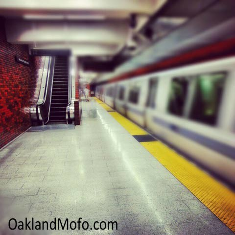 12th st bart platform downtown oakland